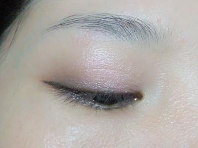 化妆铅笔画眉毛