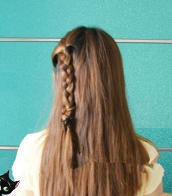 与闺蜜头发编在一起图片