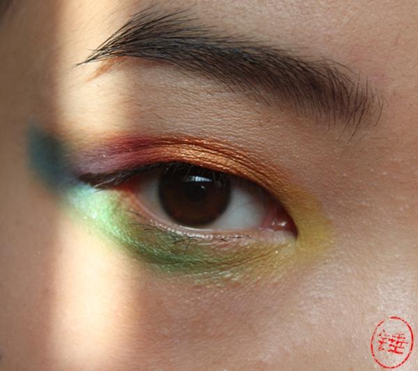 彩虹眼影图片