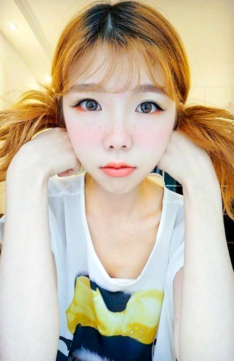 【美妆大赛】雀斑也可以很可爱嚒——森系雀斑妆之全橙热恋