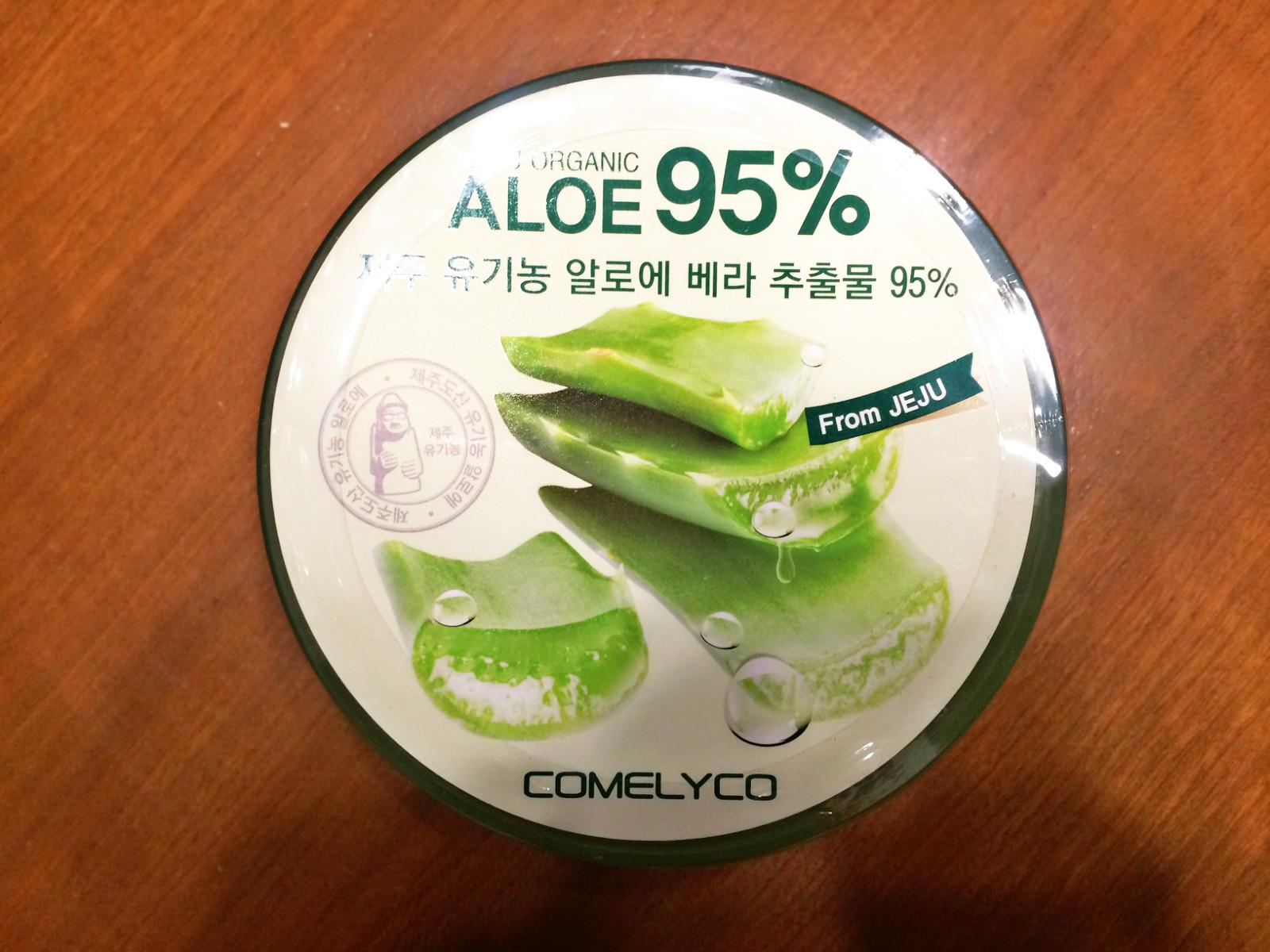 全身均可使用,含有95%济州岛有机农芦荟萃取物,全面改善脆弱肌肤,让