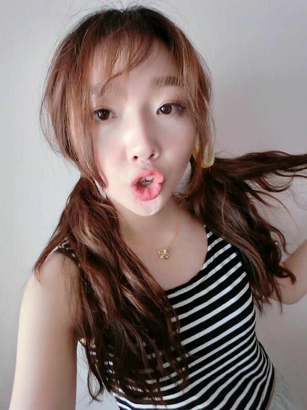 变身韩国萌妹妆