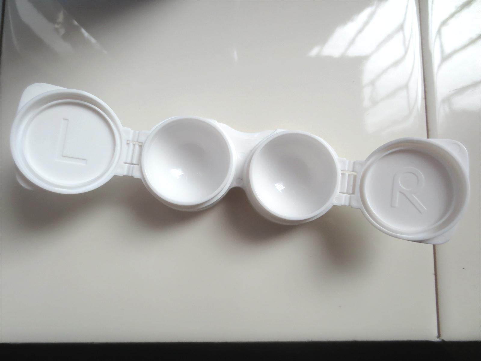 科学家发明球形液晶显示器,可嵌入到隐形眼镜上!