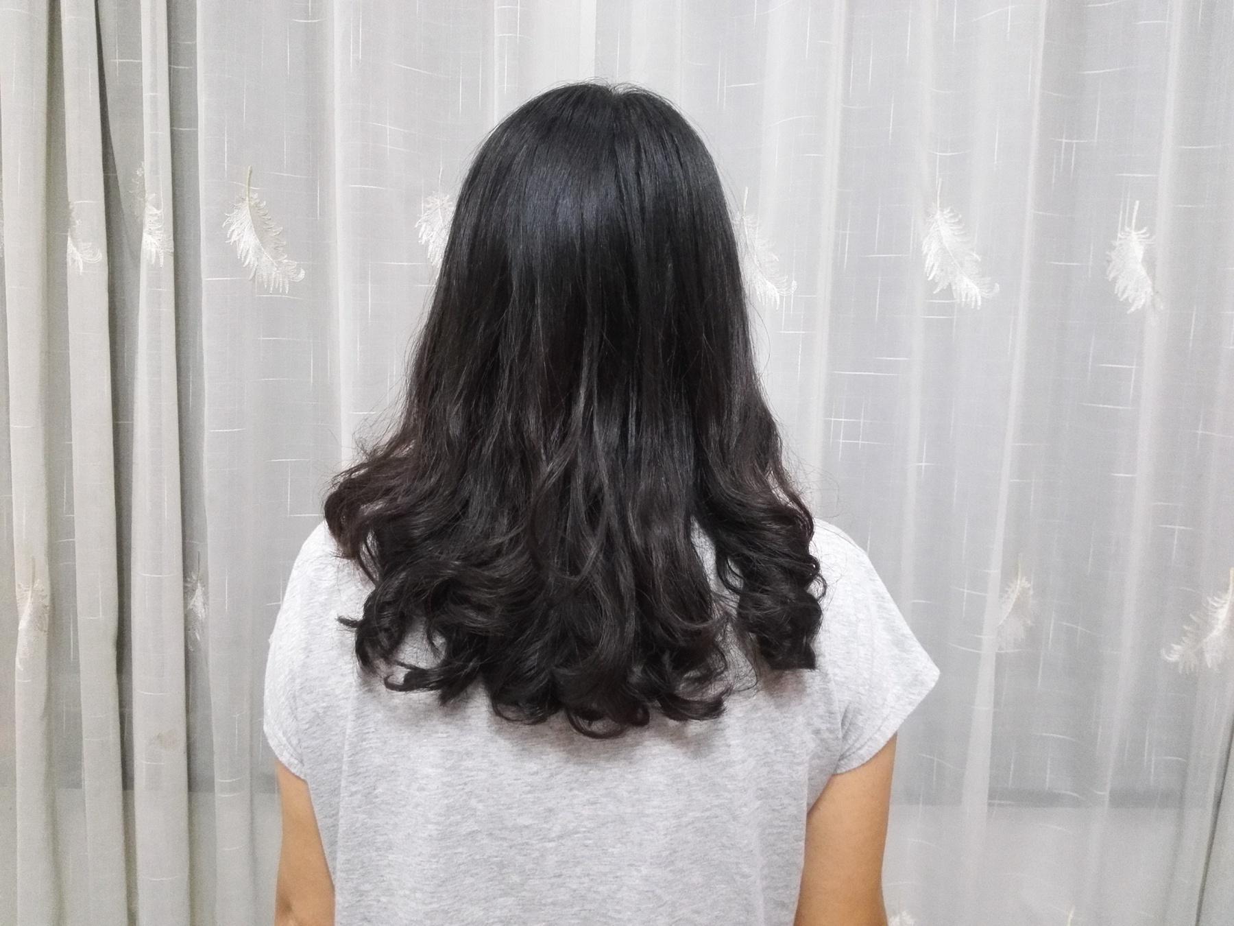 好硬好烫_猫咪的头发因烫过所以很缺少光泽度,不够亮,发质呢也比较硬,头顶