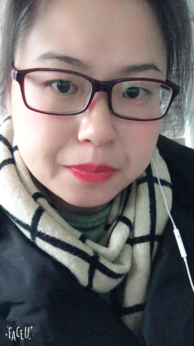 超可爱眼镜小胖
