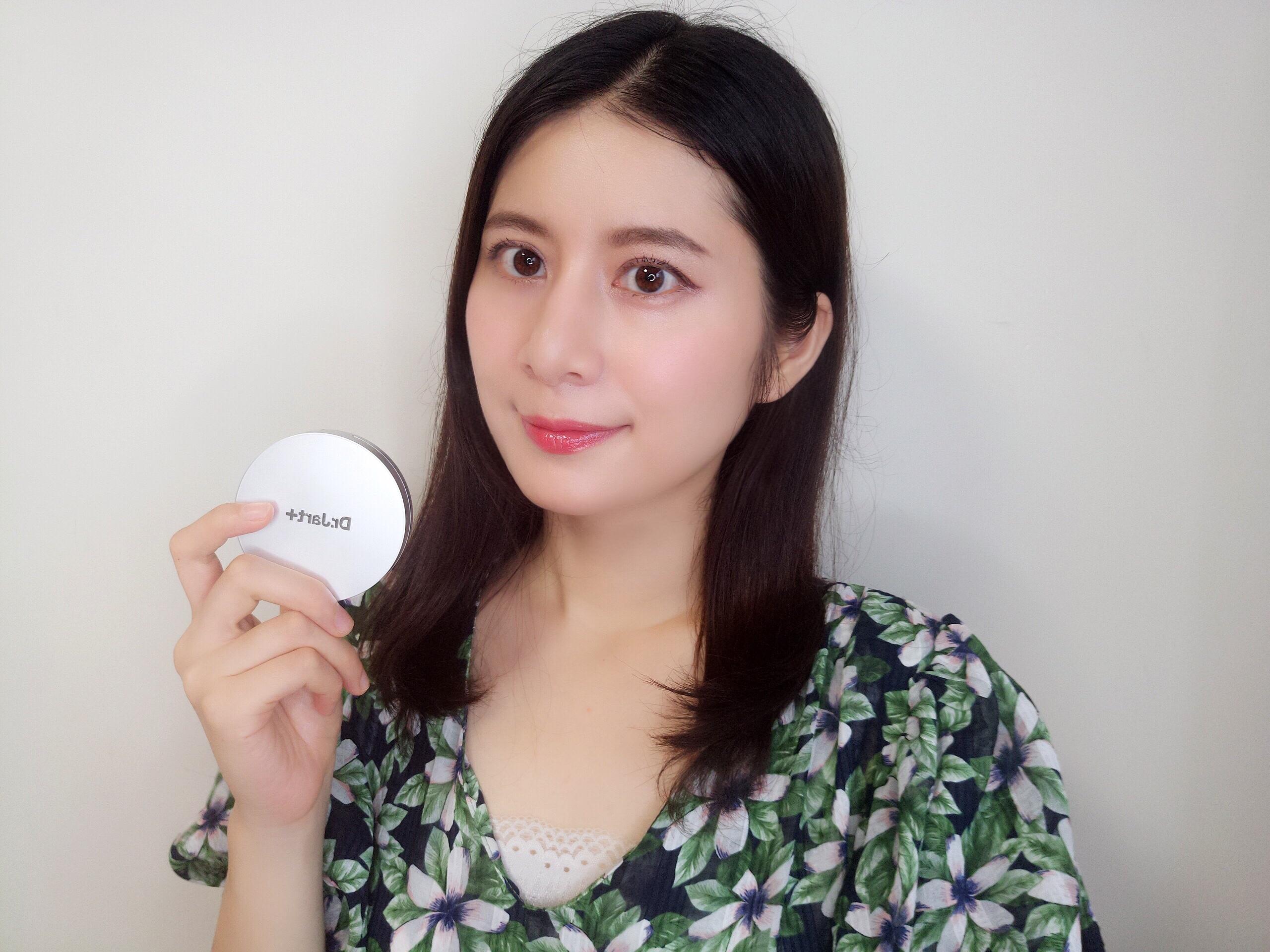 有了这两款素颜神器,立刻拥有韩剧女主的自然牛奶光泽皮肤.