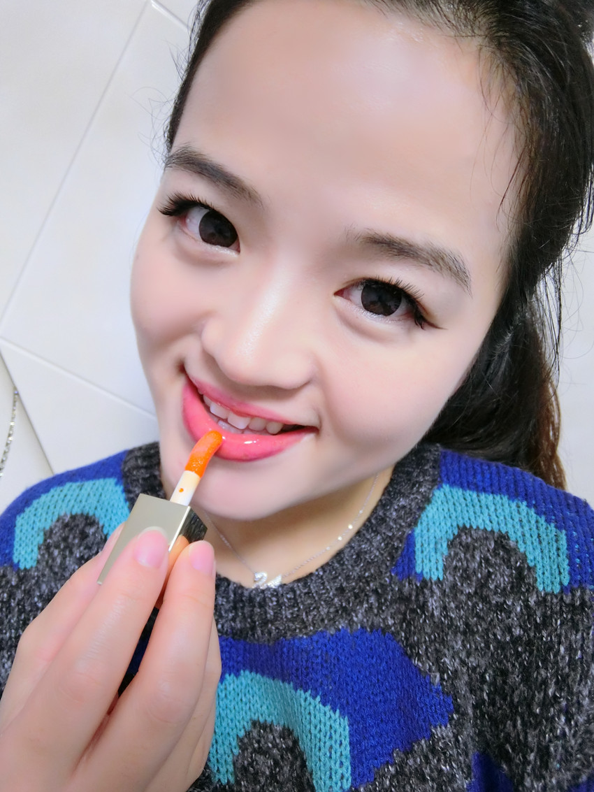 娇韵诗珊瑚橘光2.JPG