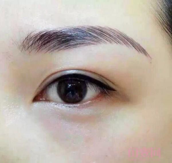 儿童眼线尾图案