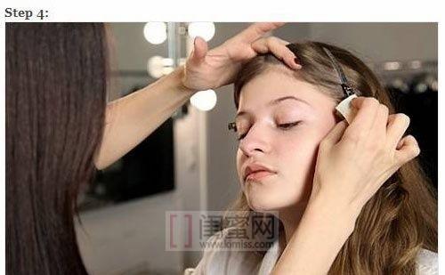 化妆师示范7步骤完美底妆
