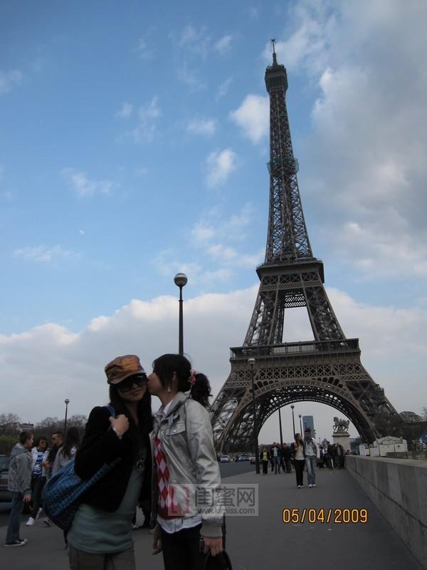 埃菲尔铁塔闺蜜图片